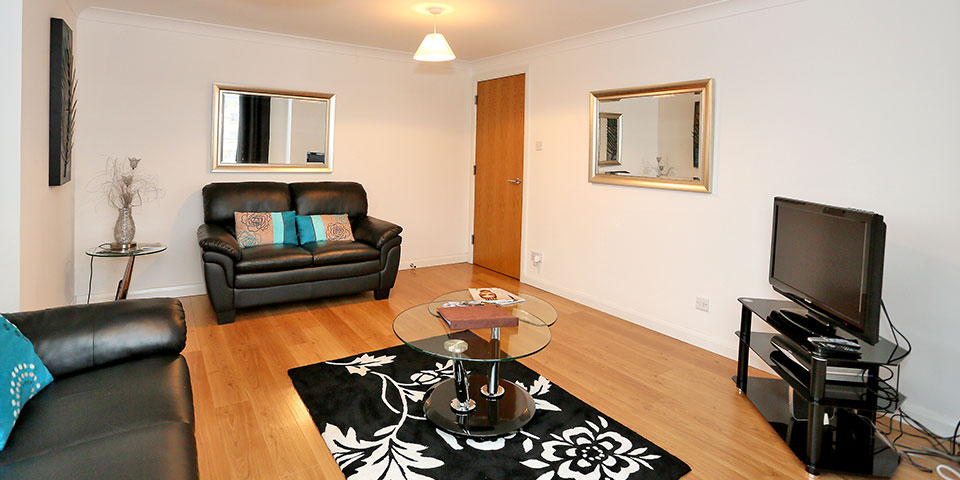 Aberdeen-Cheap-Apartments---Mackie-Place-Apartments-Near-Cairngorms-National-Park---Urban-Stay-5