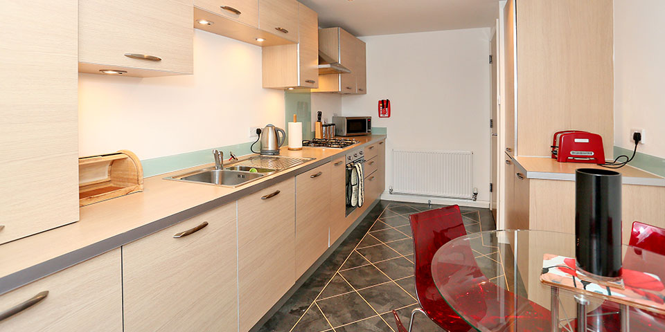 Aberdeen-Cheap-Apartments---Mackie-Place-Apartments-Near-Cairngorms-National-Park---Urban-Stay-6