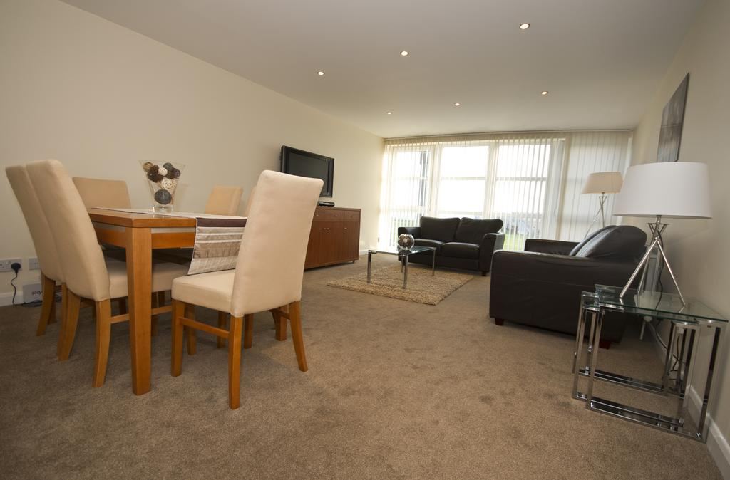 Aberdeen-Corporate-Accommodation---Aberdeen-Beach-Apartments---Urban-Stay-3