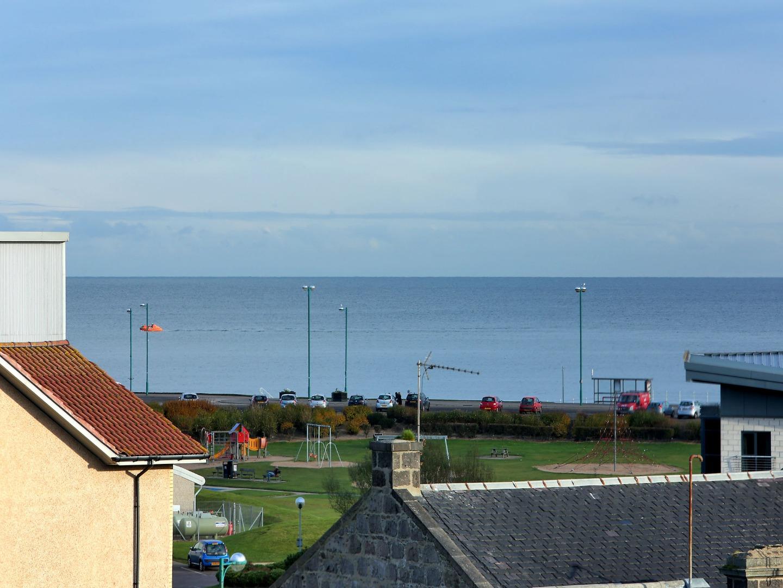 Aberdeen-Luxury-Accommodation---Bothwell-Road-Apartments-Near-Beach-Leisure-Centre---Urban-Stay-7