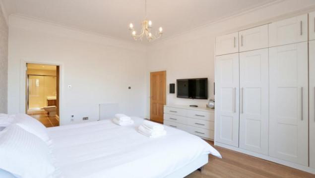 Aberdeen-Luxury-Apartments---Golden-Square-Apartments-Near-Aberdeen-Maritime-Museum---Urban-Stay-5