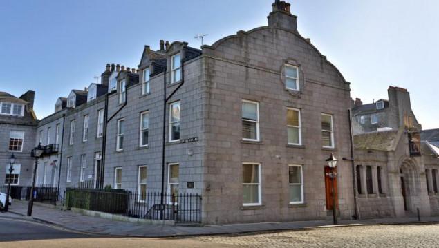 Aberdeen-Luxury-Apartments---Golden-Square-Apartments-Near-Aberdeen-Maritime-Museum---Urban-Stay-7