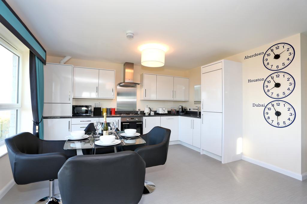 Aberdeen-Self-catering-Accommodation---Burnside-Road-Apartments-Near-University-of-Aberdeen---Urban-Stay-1
