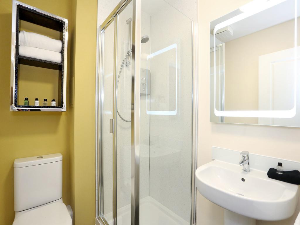 Aberdeen-Self-catering-Accommodation---Burnside-Road-Apartments-Near-University-of-Aberdeen---Urban-Stay-11