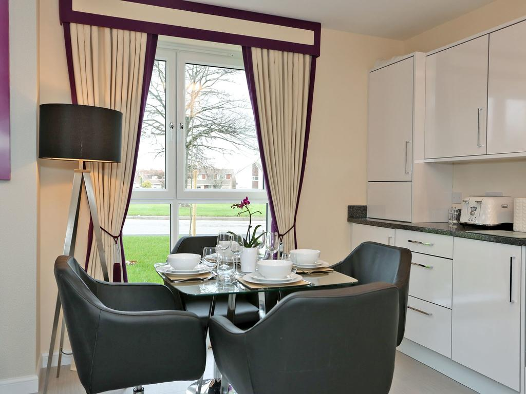 Aberdeen-Self-catering-Accommodation---Burnside-Road-Apartments-Near-University-of-Aberdeen---Urban-Stay-12
