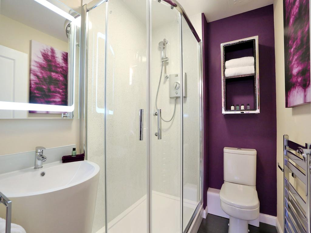 Aberdeen-Self-catering-Accommodation---Burnside-Road-Apartments-Near-University-of-Aberdeen---Urban-Stay-4