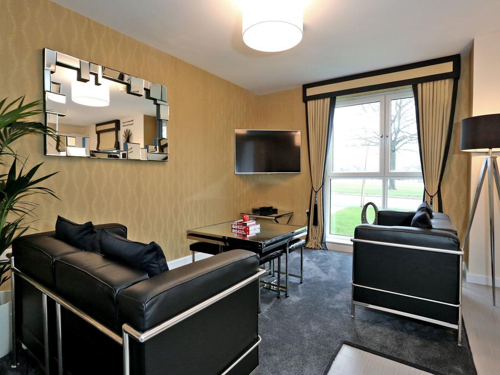Aberdeen-Self-catering-Accommodation---Burnside-Road-Apartments-Near-University-of-Aberdeen---Urban-Stay-8