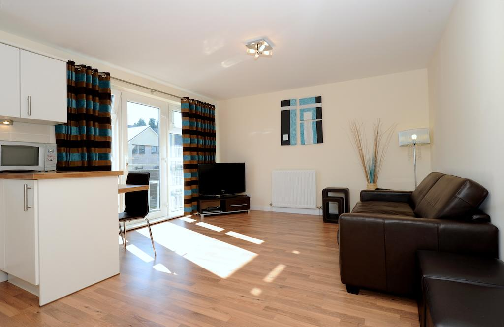 Aberdeen-Serviced-Accommodation---Hilton-Campus-Apartments-Aberdeen-City---Urban-Stay-1