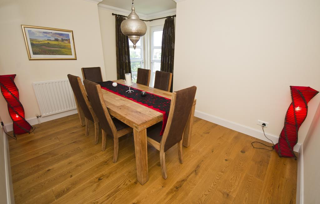 Aberdeen-Serviced-Accommodation---Hilton-Campus-Apartments-Aberdeen-City---Urban-Stay-12