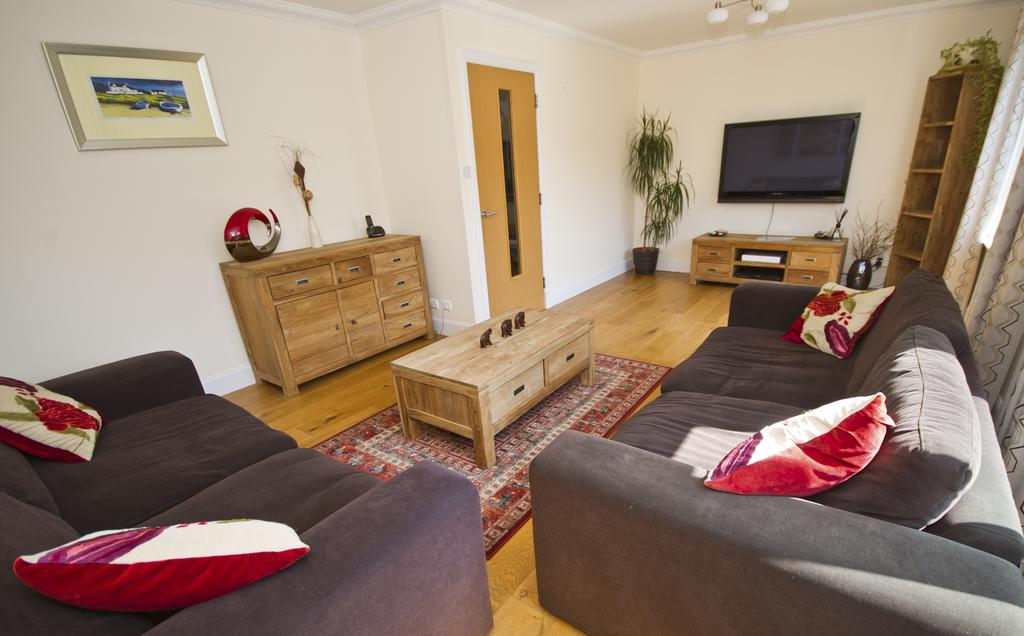 Aberdeen-Serviced-Accommodation---Hilton-Campus-Apartments-Aberdeen-City---Urban-Stay-13