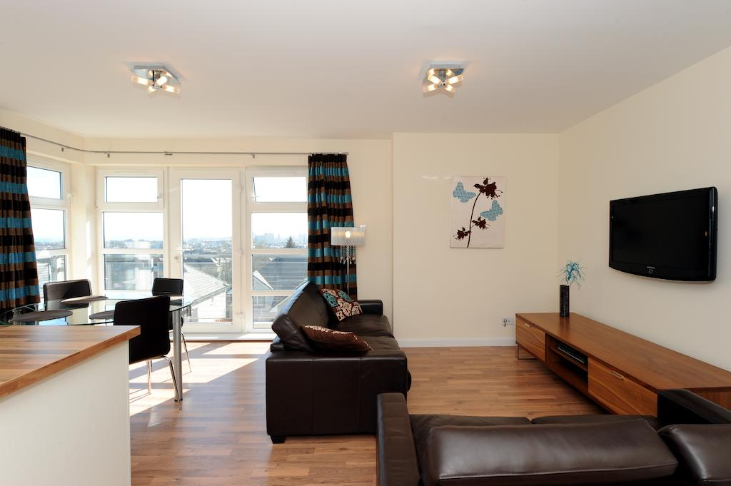 Aberdeen-Serviced-Accommodation---Hilton-Campus-Apartments-Aberdeen-City---Urban-Stay-7