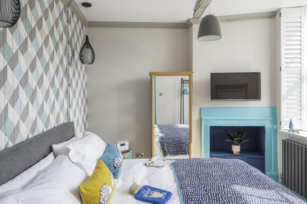Bath-Luxury-accommodation---Beau-Street-Apartments-Near-Royal-Crescent---Urban-Stay-11