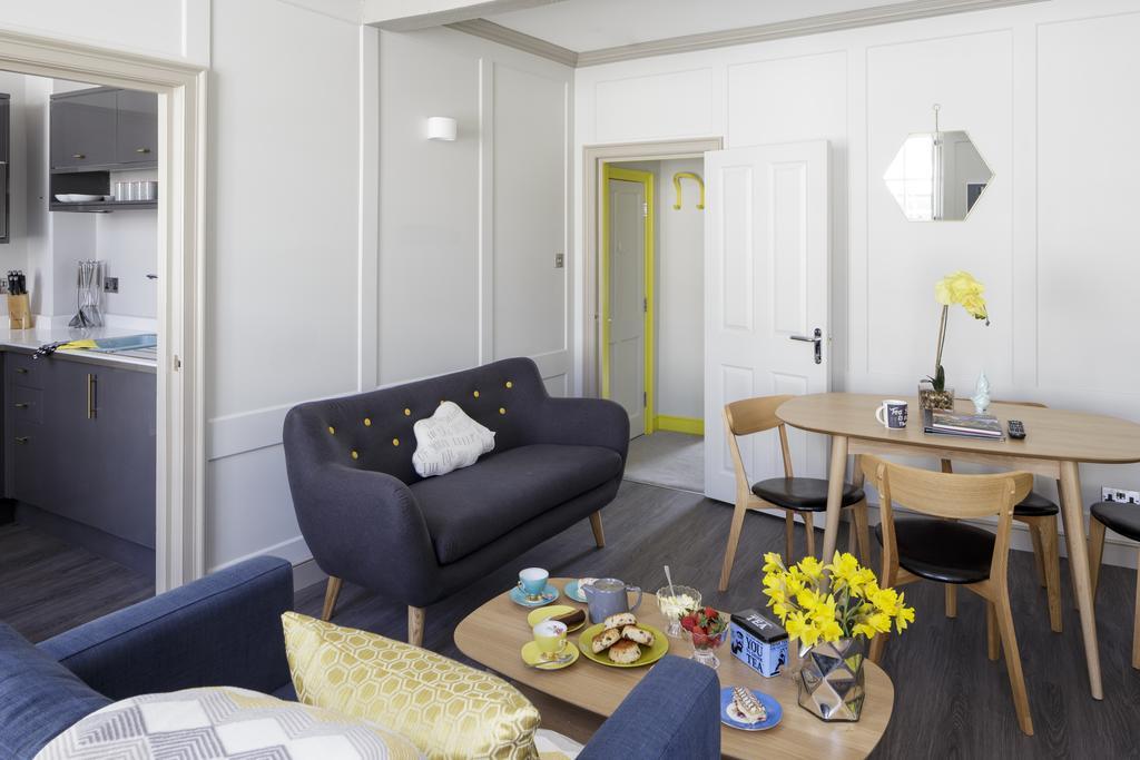 Bath-Luxury-accommodation---Beau-Street-Apartments-Near-Royal-Crescent---Urban-Stay-3