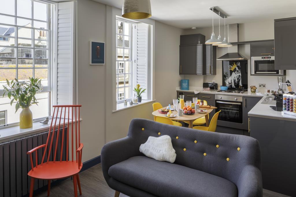 Bath-Luxury-accommodation---Beau-Street-Apartments-Near-Royal-Crescent---Urban-Stay-4