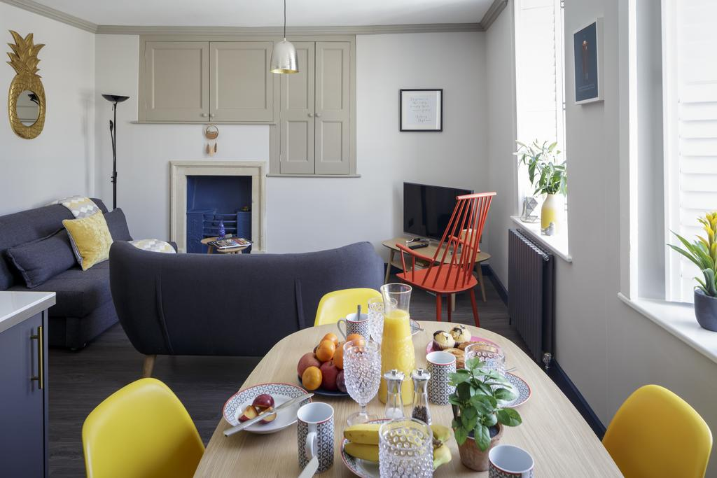 Bath-Luxury-accommodation---Beau-Street-Apartments-Near-Royal-Crescent---Urban-Stay-7