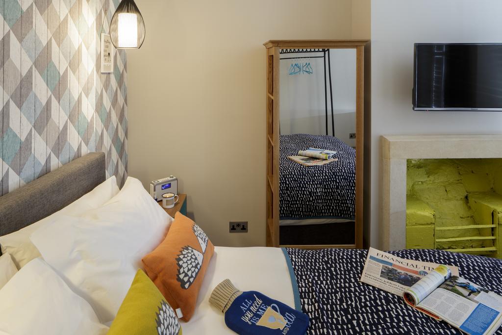 Bath-Luxury-accommodation---Beau-Street-Apartments-Near-Royal-Crescent---Urban-Stay-8