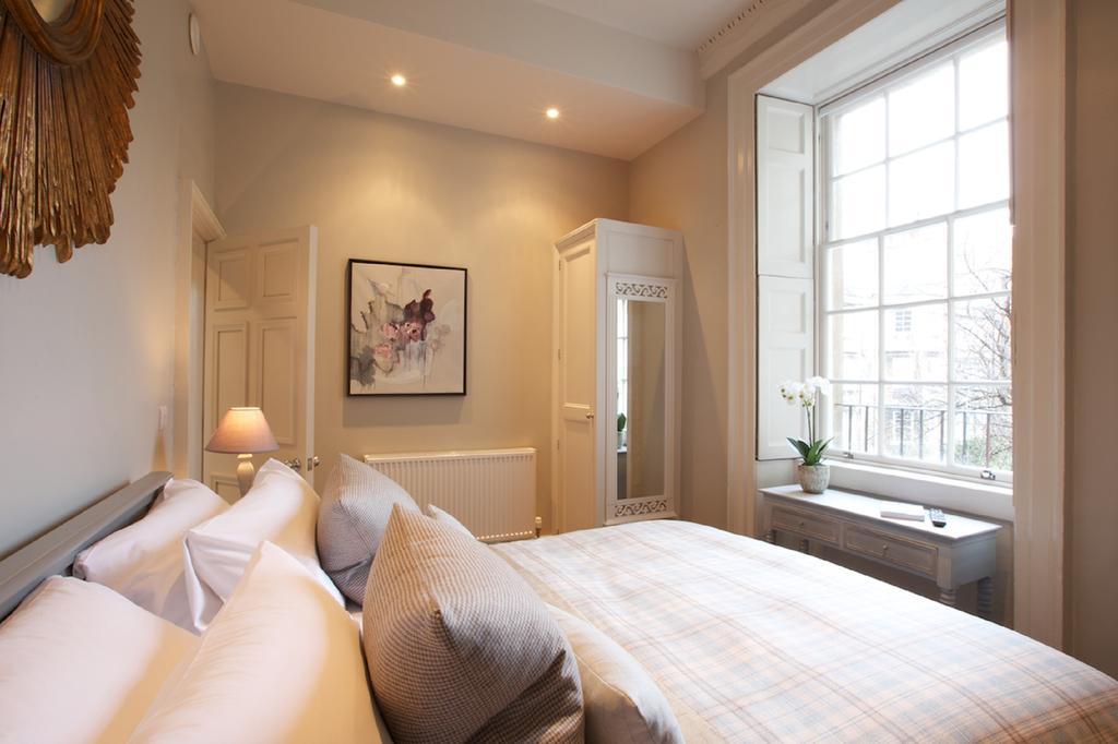 Bath-Serviced-Apartments---George-Street-Apartments-Near-Holbourn-Musuem-and-Roman-Baths---Urban-Stay-14