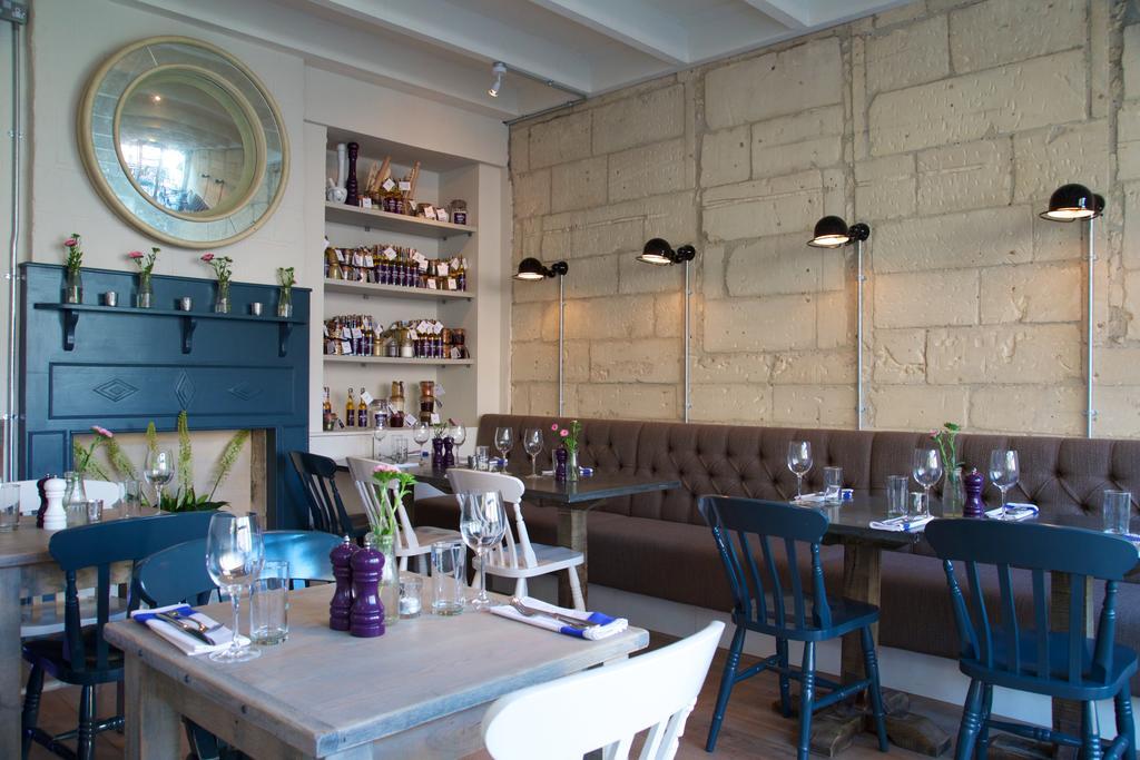 Bath-Serviced-Apartments---George-Street-Apartments-Near-Holbourn-Musuem-and-Roman-Baths---Urban-Stay-18