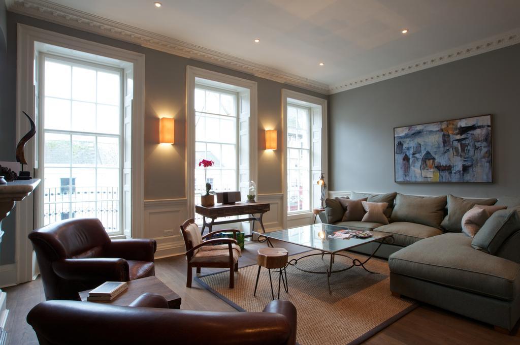 Bath-Serviced-Apartments---George-Street-Apartments-Near-Holbourn-Musuem-and-Roman-Baths---Urban-Stay