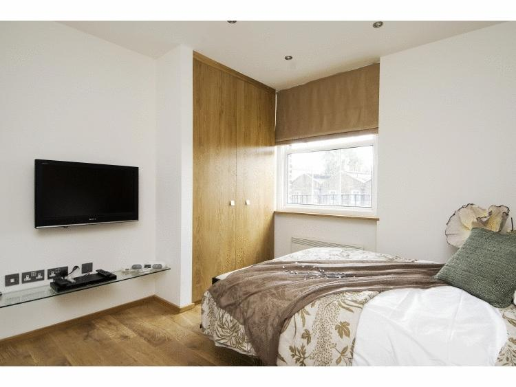 Bayswater-Corporate-Apartments---Kensington-Gardens-Square-Accommodation-in-Central-London---Urban-Stay-1