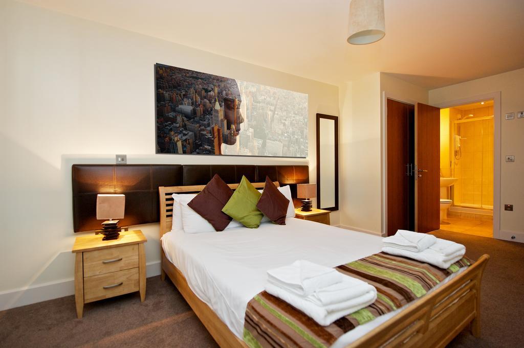 Birmingham-Corporate-Aparthotel---Arcadian-Centre-Apartments-Birmingham---Urban-Stay-1