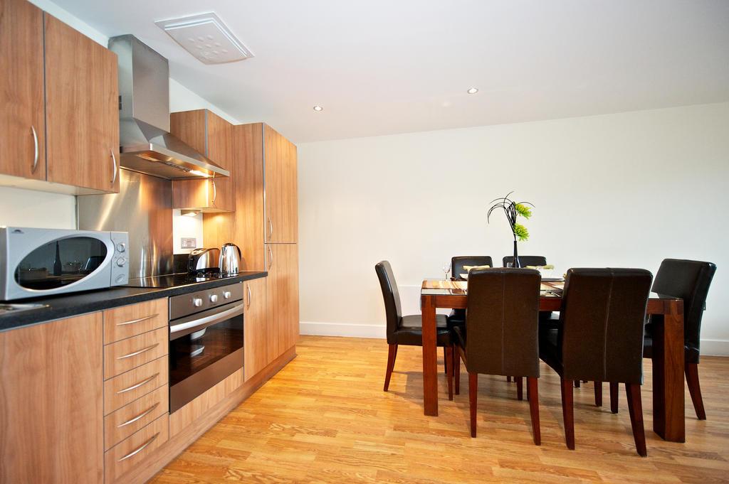 Birmingham-Corporate-Aparthotel---Arcadian-Centre-Apartments-Birmingham---Urban-Stay-10