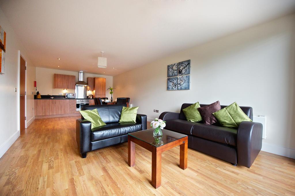 Birmingham-Corporate-Aparthotel---Arcadian-Centre-Apartments-Birmingham---Urban-Stay-5