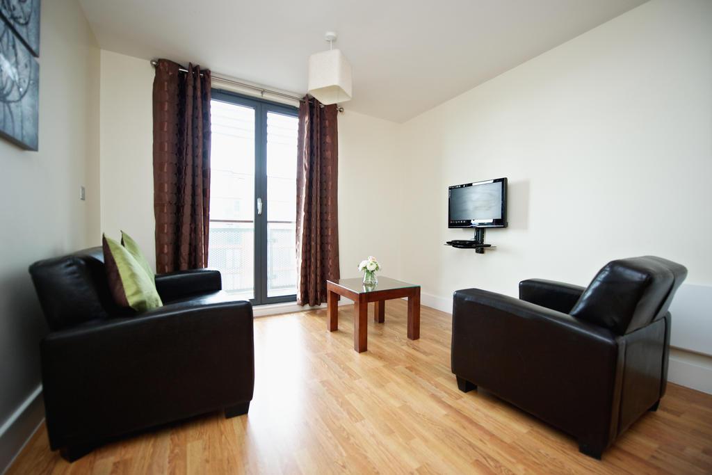 Birmingham-Corporate-Aparthotel---Arcadian-Centre-Apartments-Birmingham---Urban-Stay-7