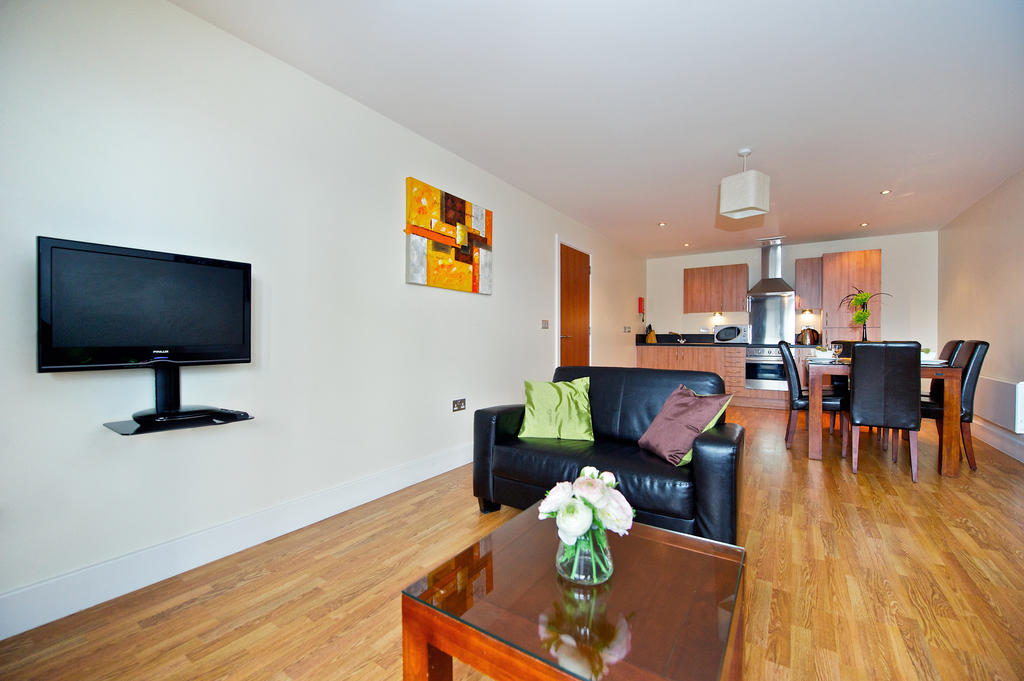 Birmingham-Corporate-Aparthotel---Arcadian-Centre-Apartments-Birmingham---Urban-Stay-9