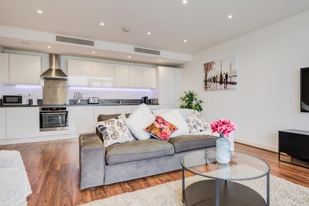 Brentford-Serviced-Accommodation---Kew-Eye-Apartments-Near-Heathrow-Airport---Urban-Stay-10