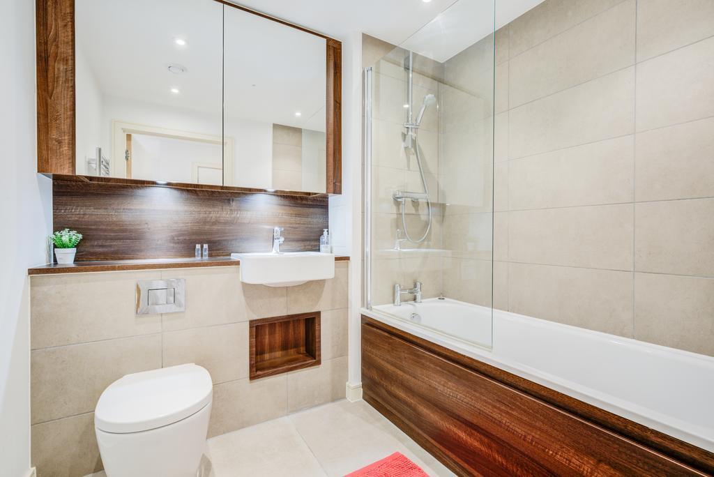 Brentford-Serviced-Accommodation---Kew-Eye-Apartments-Near-Heathrow-Airport---Urban-Stay-14