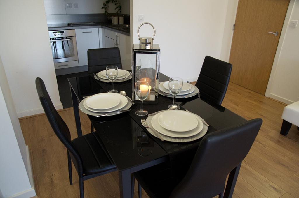 Brentwood-Luxury-Accommodation---Beckett-Apartments-Near-Bentley-Golf-Club---Urban-Stay-14
