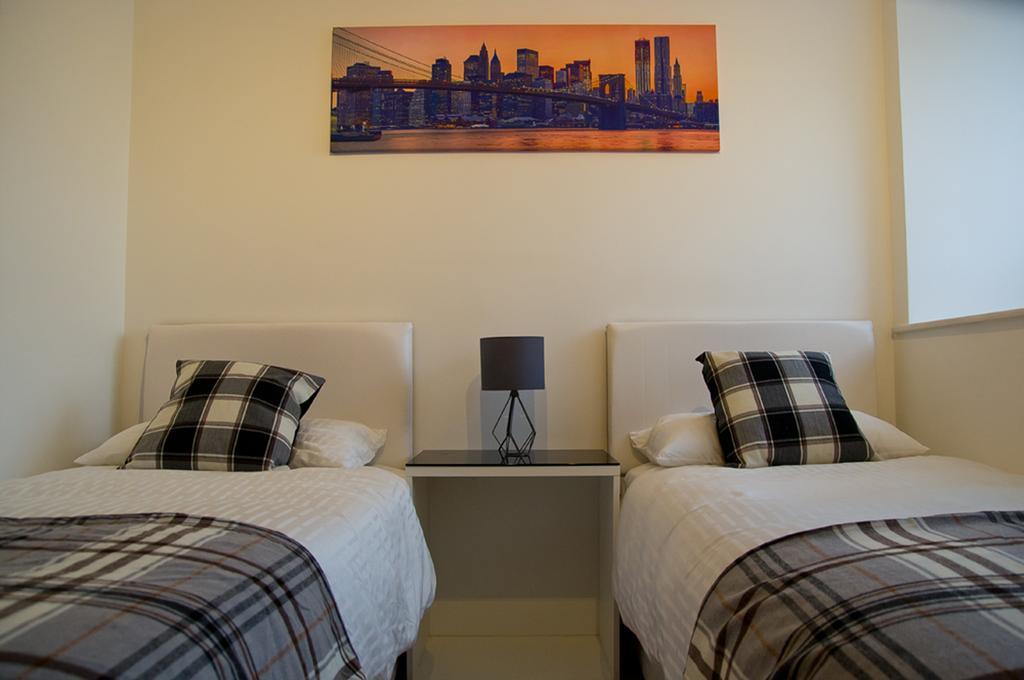 Brentwood-Luxury-Accommodation---Beckett-Apartments-Near-Bentley-Golf-Club---Urban-Stay-4