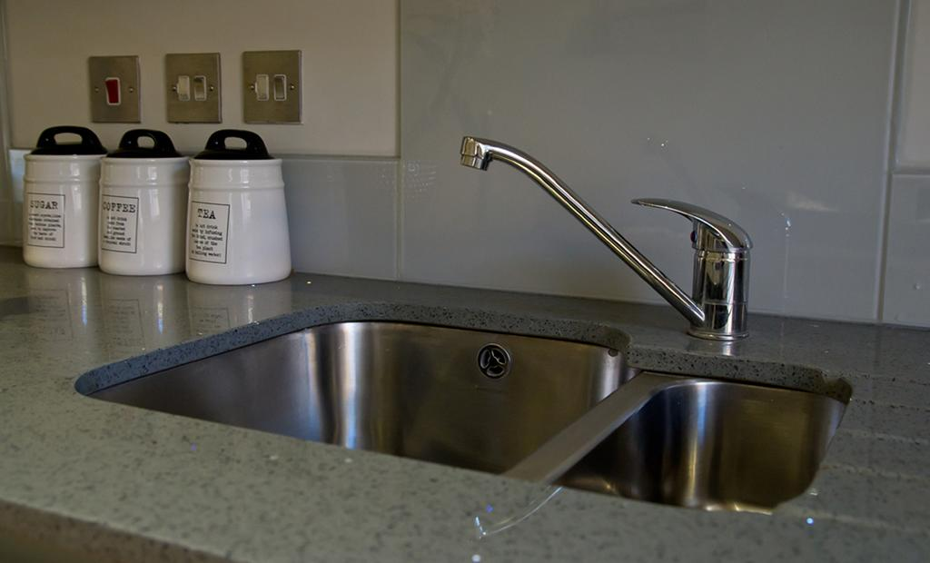Brentwood-Serviced-Accommodation---Brentwood-City-Apartments-Near-Romford-Golf-Club---Urban-Stay-6