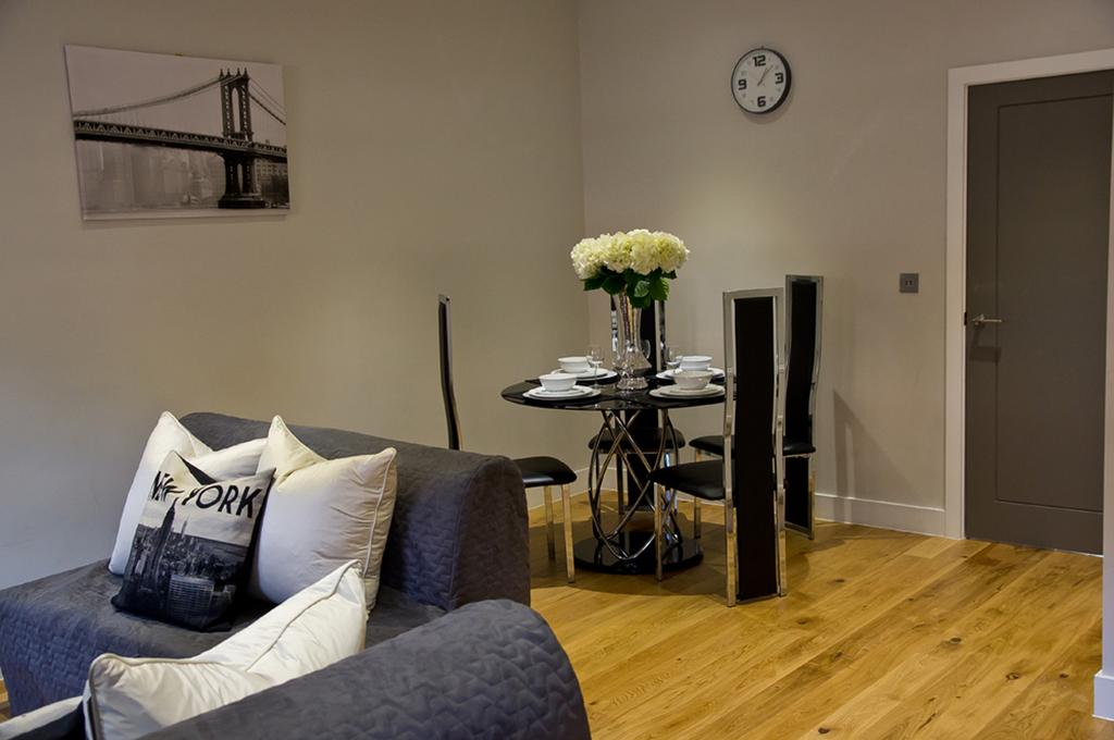 Brentwood-Serviced-Accommodation---Brentwood-City-Apartments-Near-Romford-Golf-Club---Urban-Stay-7