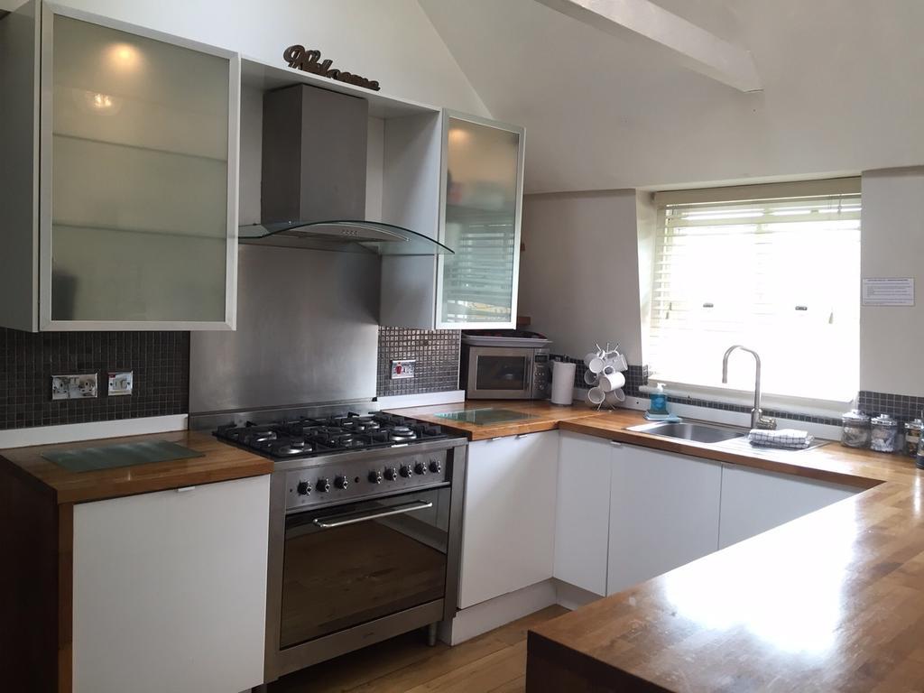 Brighton-Serviced-Apartments---Rock-Garden-Apartments-Near-Brighton-Beach---Urban-Stay-4