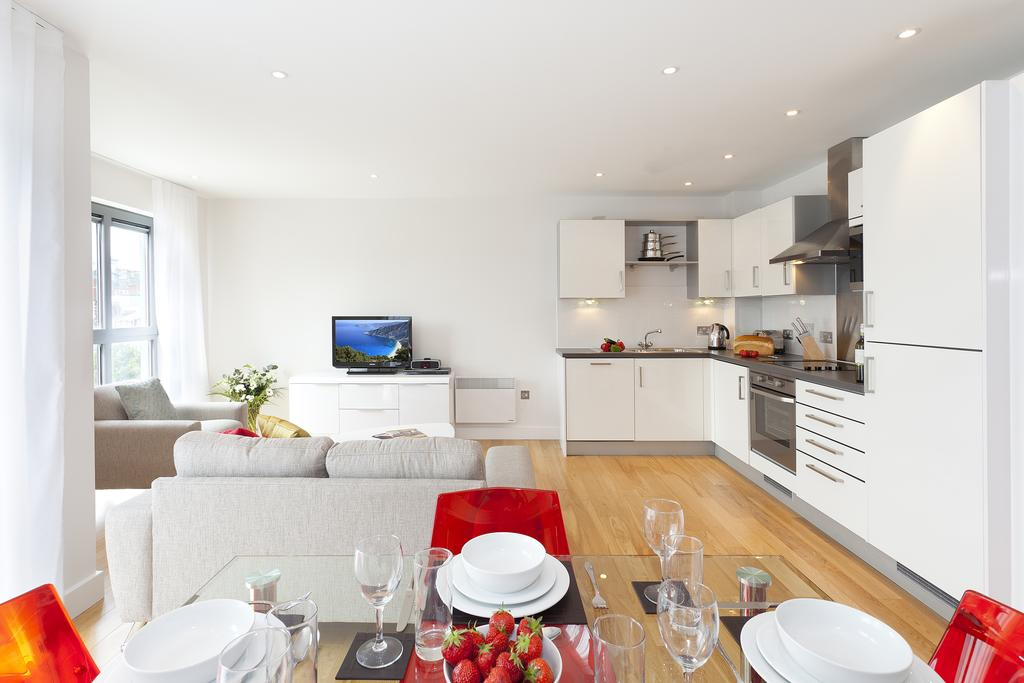 Bristol-Corporate-Accommodation---Broad-Quay-Apartments---Central-Quay-South---Urban-Stay-16