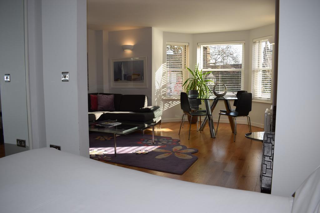 Cambridge-Serviced-Apartments---Marino-Place-Apartments-Near-Hertford-Street---Urban-Stay-1