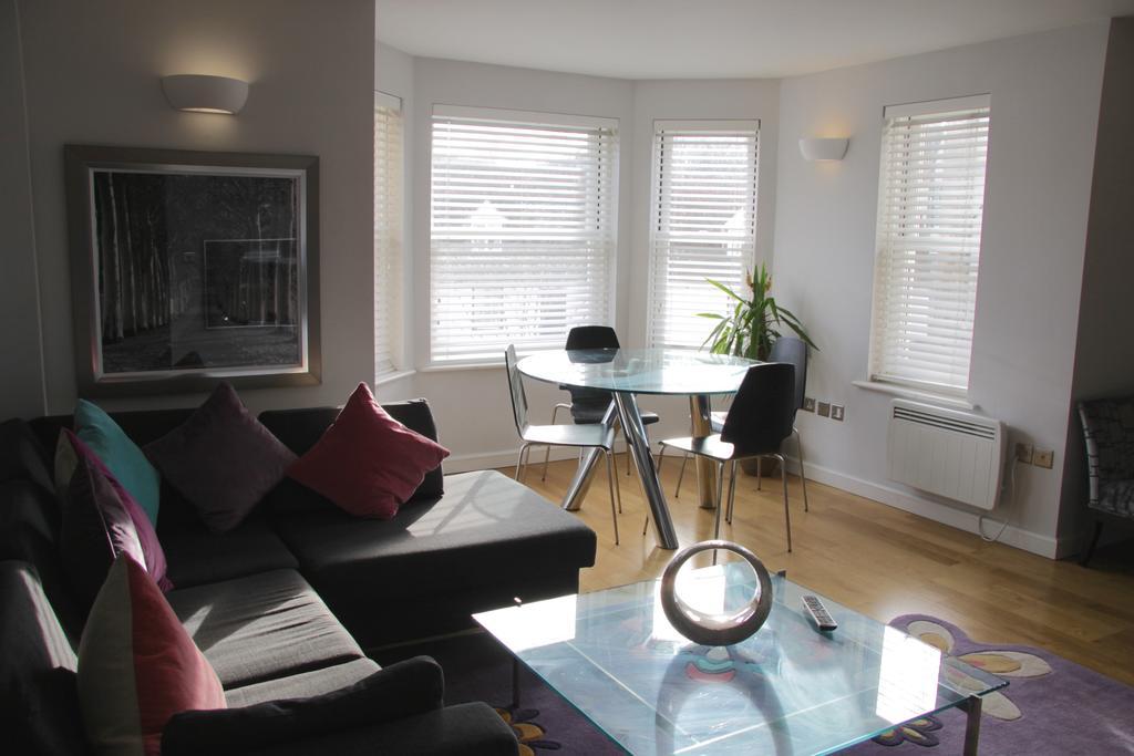 Cambridge-Serviced-Apartments---Marino-Place-Apartments-Near-Hertford-Street---Urban-Stay-15