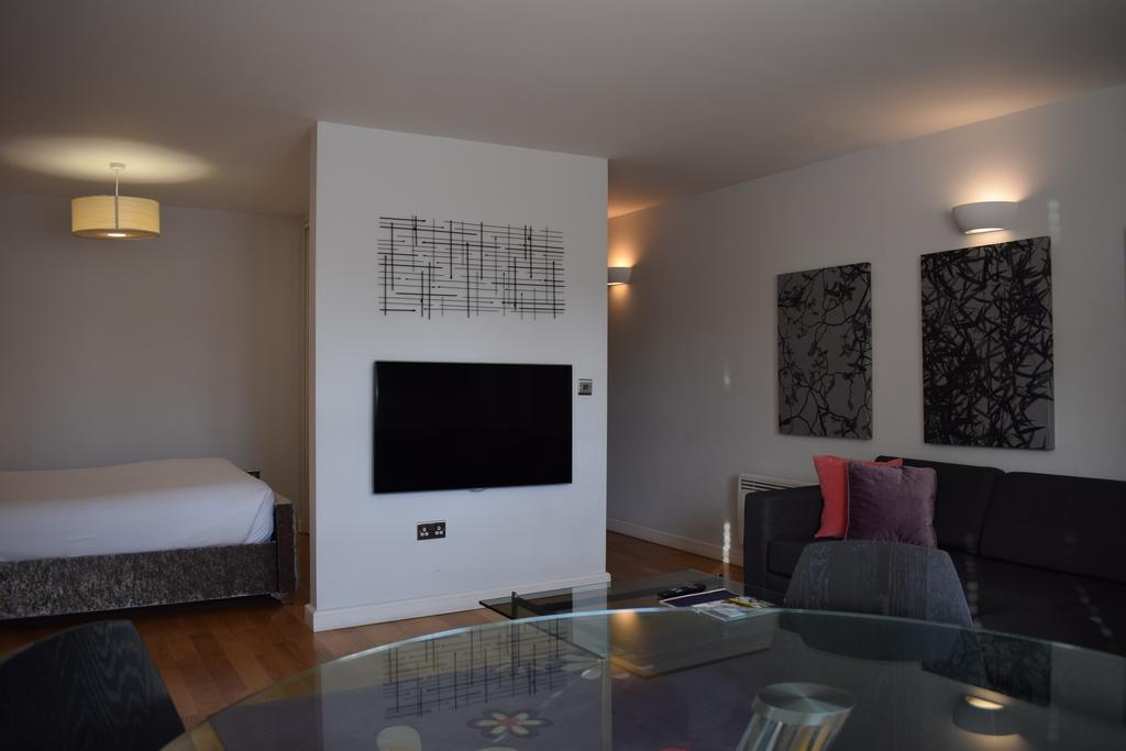 Cambridge-Serviced-Apartments---Marino-Place-Apartments-Near-Hertford-Street---Urban-Stay-3