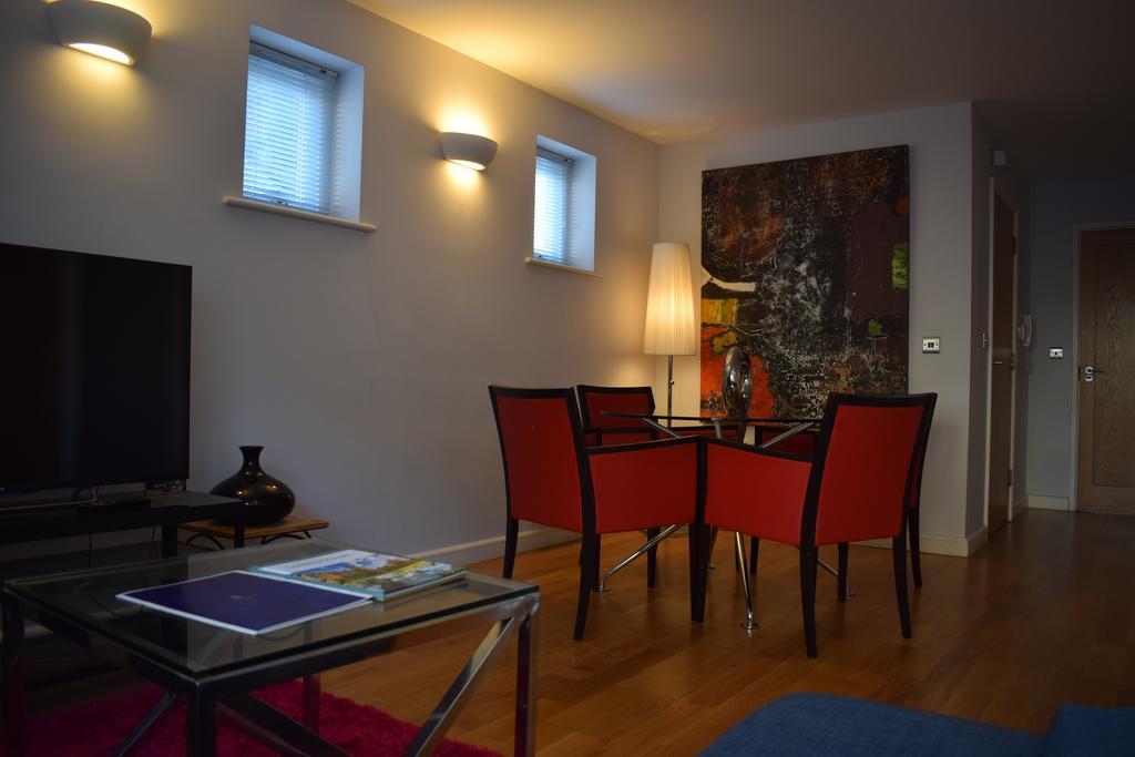 Cambridge-Serviced-Apartments---Marino-Place-Apartments-Near-Hertford-Street---Urban-Stay-8