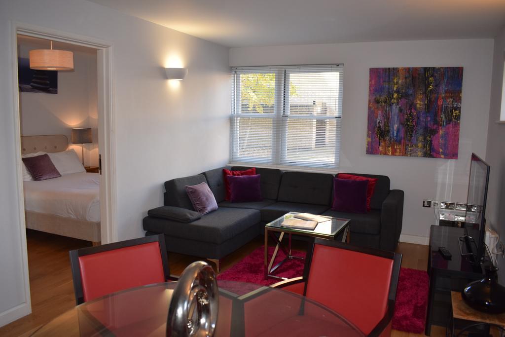 Cambridge-Serviced-Apartments---Marino-Place-Apartments-Near-Hertford-Street---Urban-Stay-9