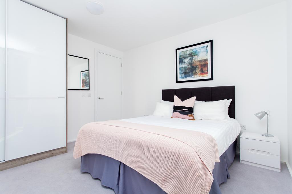 Canary-Wharf-Serviced-Accommodation---Clover-Court-Apartments-Near-Tower-Bridge---Urban-Stay-4