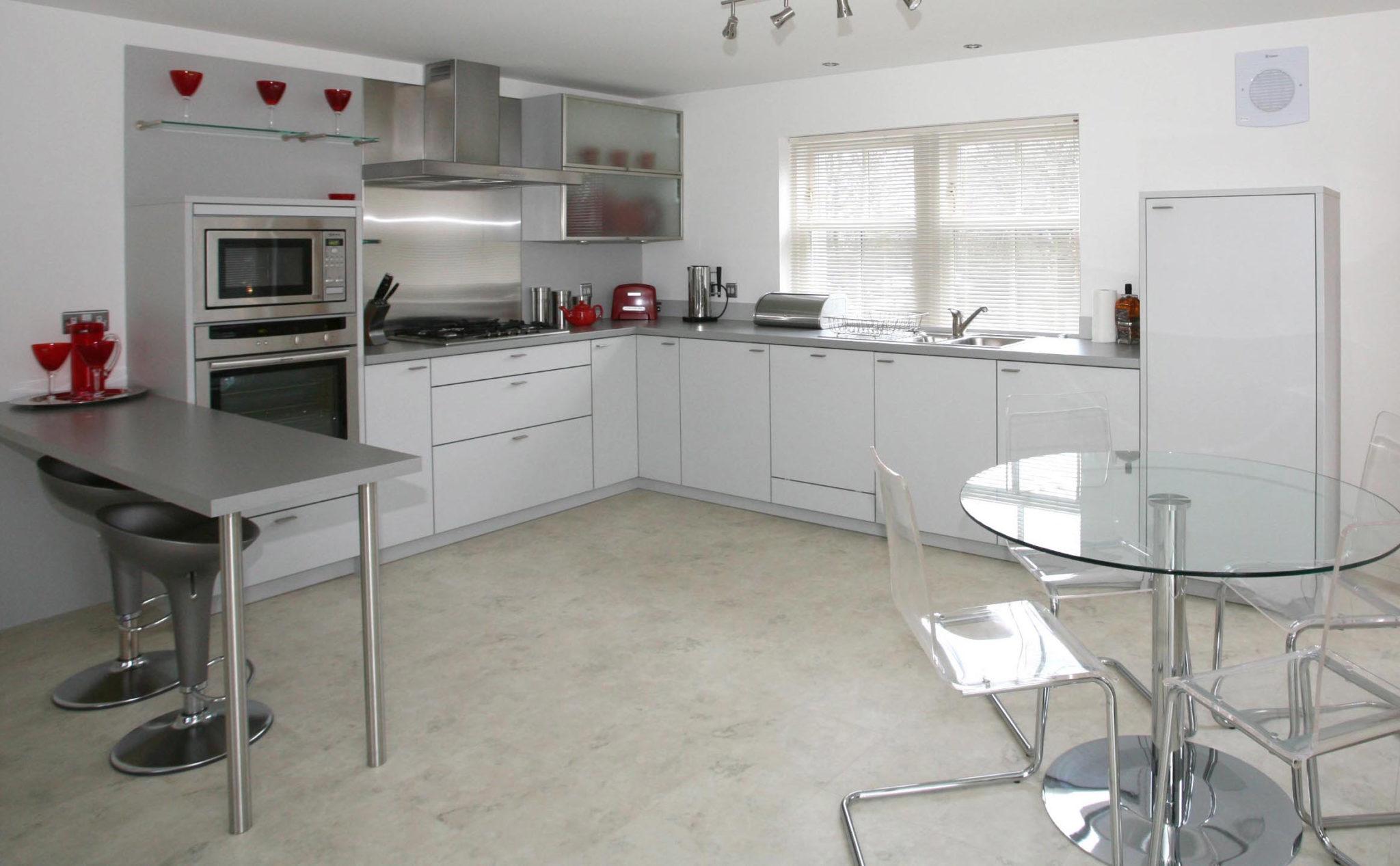 Cheap-Accommodation-Aberdeen---Queen's-Road-Apartments-Near-Hazelhead-Park---Urban-Stay-4