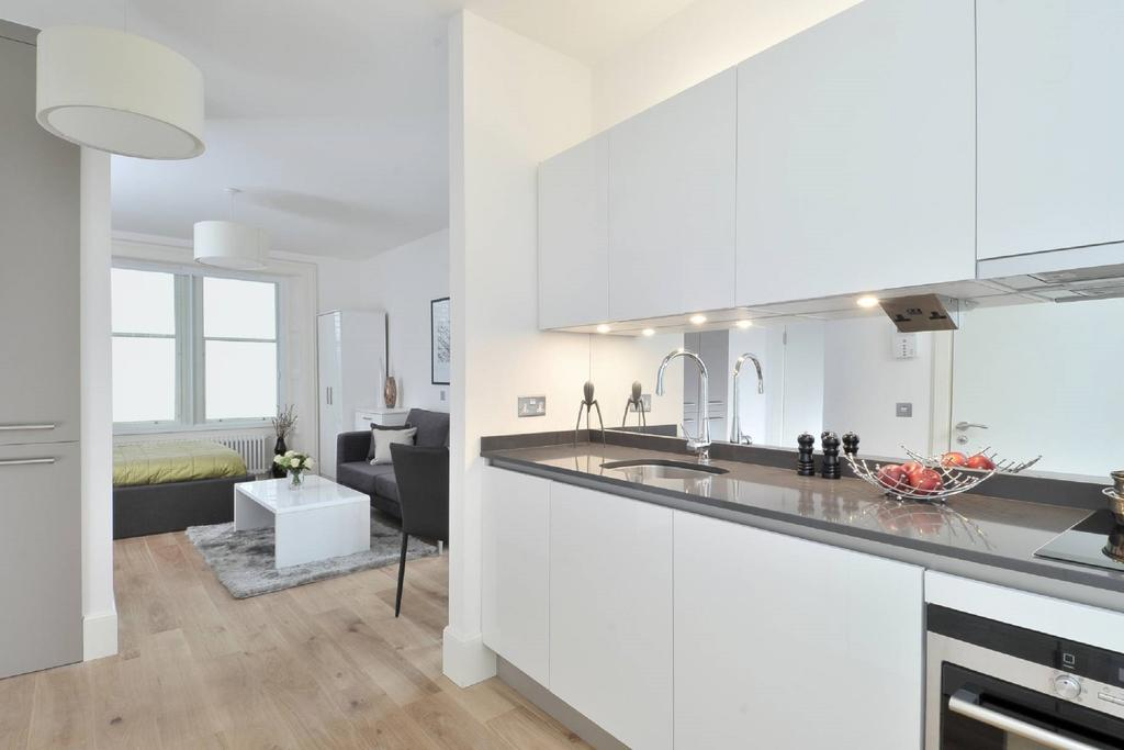 Cheap-Apartments-Edinburgh---Andrews-Square-Apartments-Near-Waverley-Railway-Station-Urban-Stay-13