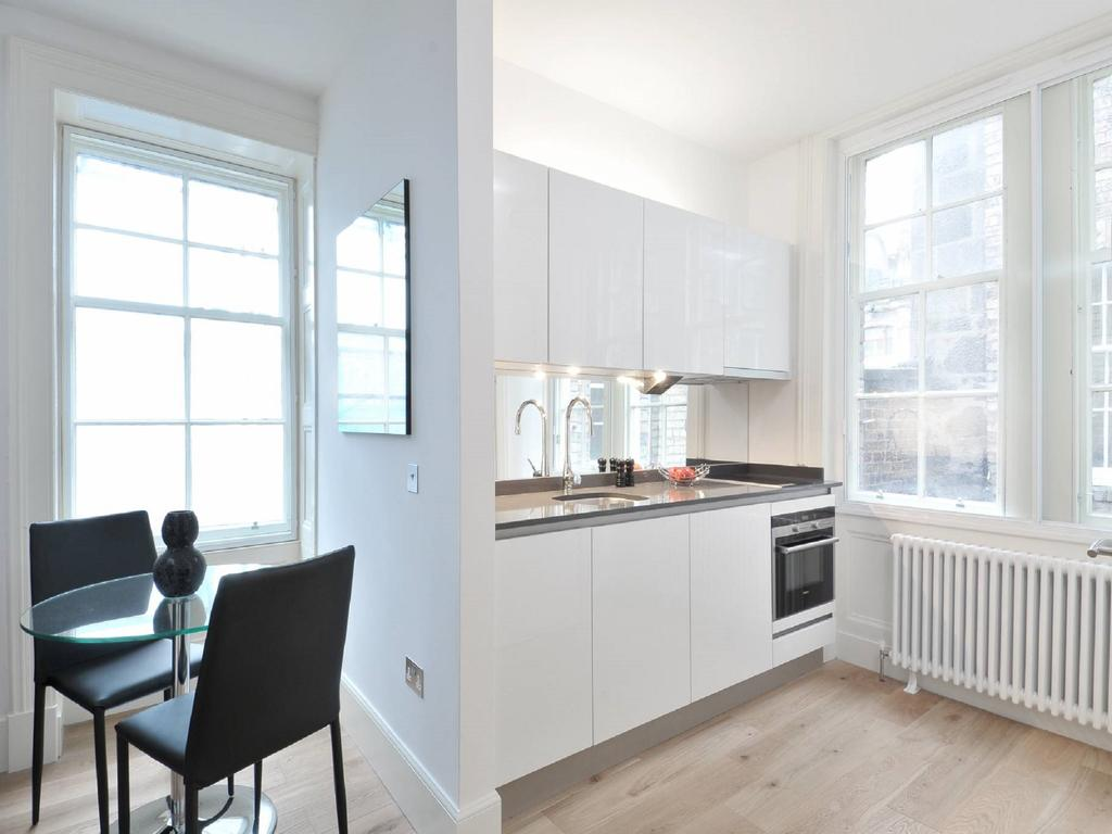 Cheap-Apartments-Edinburgh---Andrews-Square-Apartments-Near-Waverley-Railway-Station-Urban-Stay-18