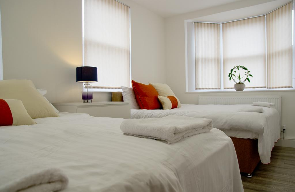Chelmsford-Serviced-Apartments---Broomfield-Apartments-Near-Chelmsford-Cathedral---Urban-Stay-3
