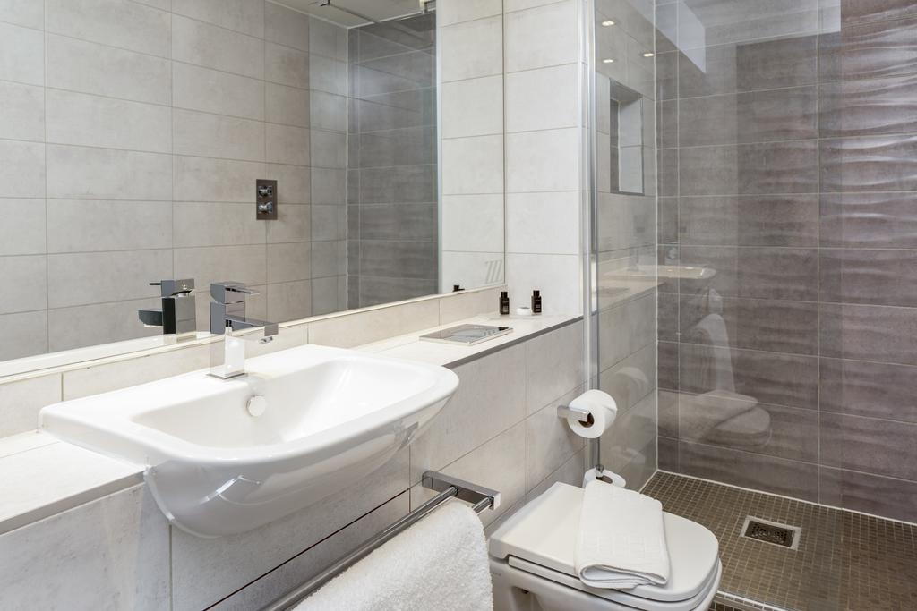 Chester-Serviced-Accommodation---Chester-City-Apartments-Near-Chester-Racecourse---Urban-Stay-1