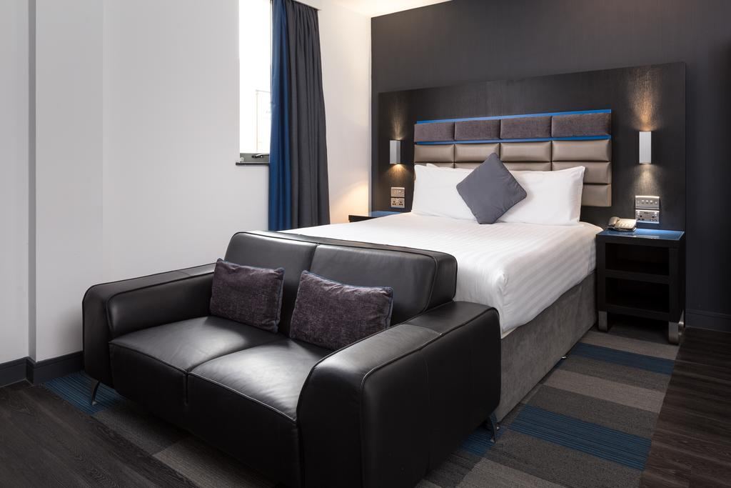 Chester-Serviced-Accommodation---Chester-City-Apartments-Near-Chester-Racecourse---Urban-Stay-10