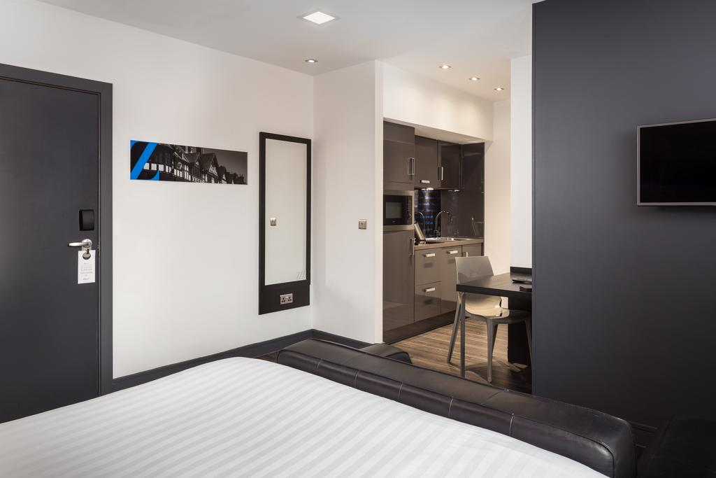 Chester-Serviced-Accommodation---Chester-City-Apartments-Near-Chester-Racecourse---Urban-Stay-11